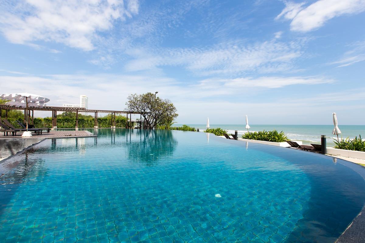 3 Bed Pool Villa @ Seaside Resort.