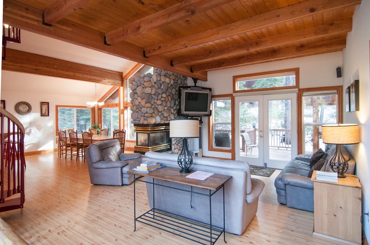 Modern Luxury North Tahoe house
