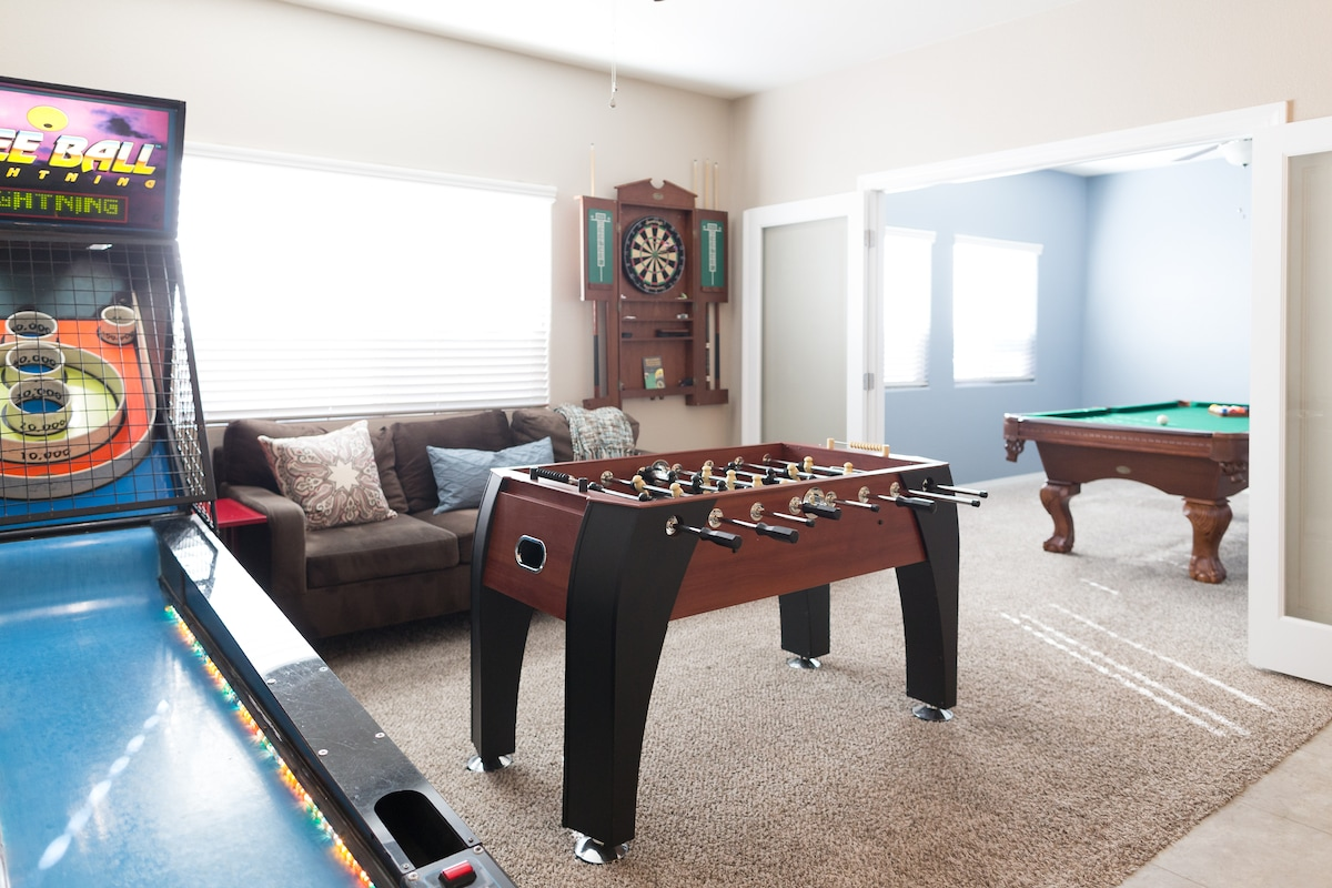 Game room includes billiards, darts, Foosball, and SkeeBall.  No children under 15, please. (shared space)