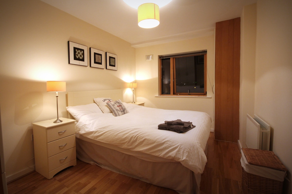 Contemporary & Cosy in Grand Canal