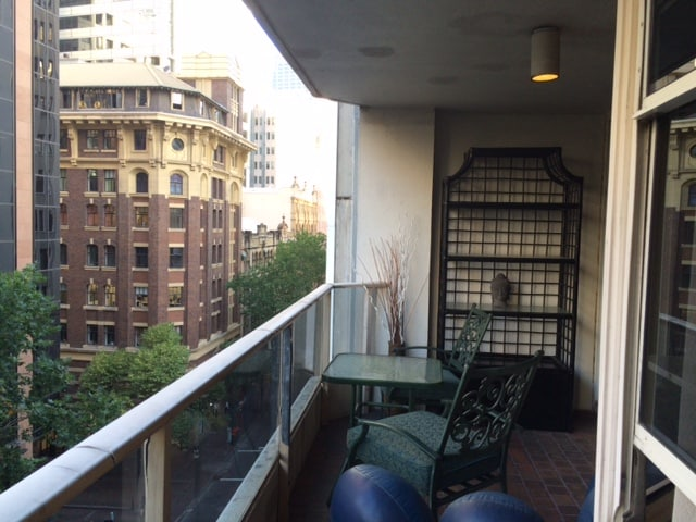 1 Bed Apartment near Circular Quay