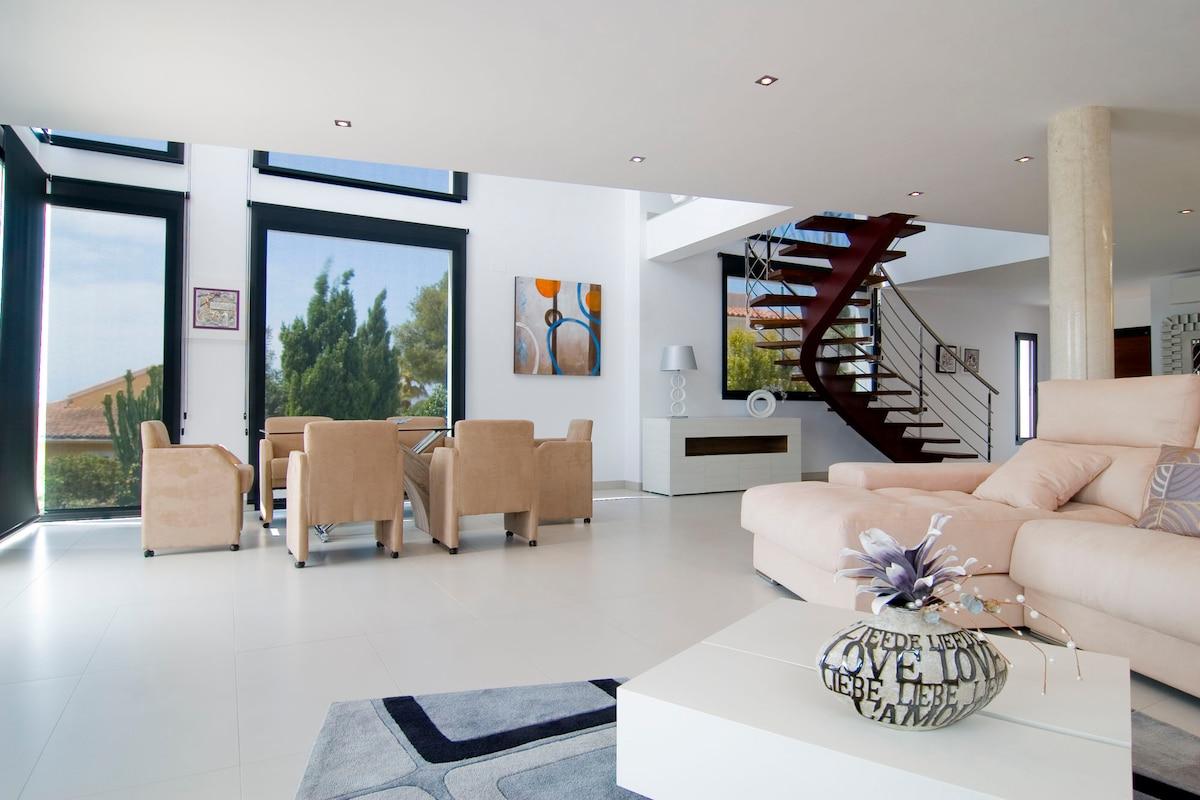 Moderna Villa LUX