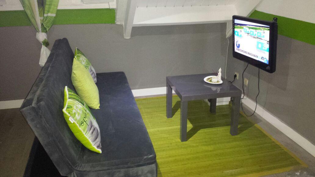 Petit studio meublé et équipé