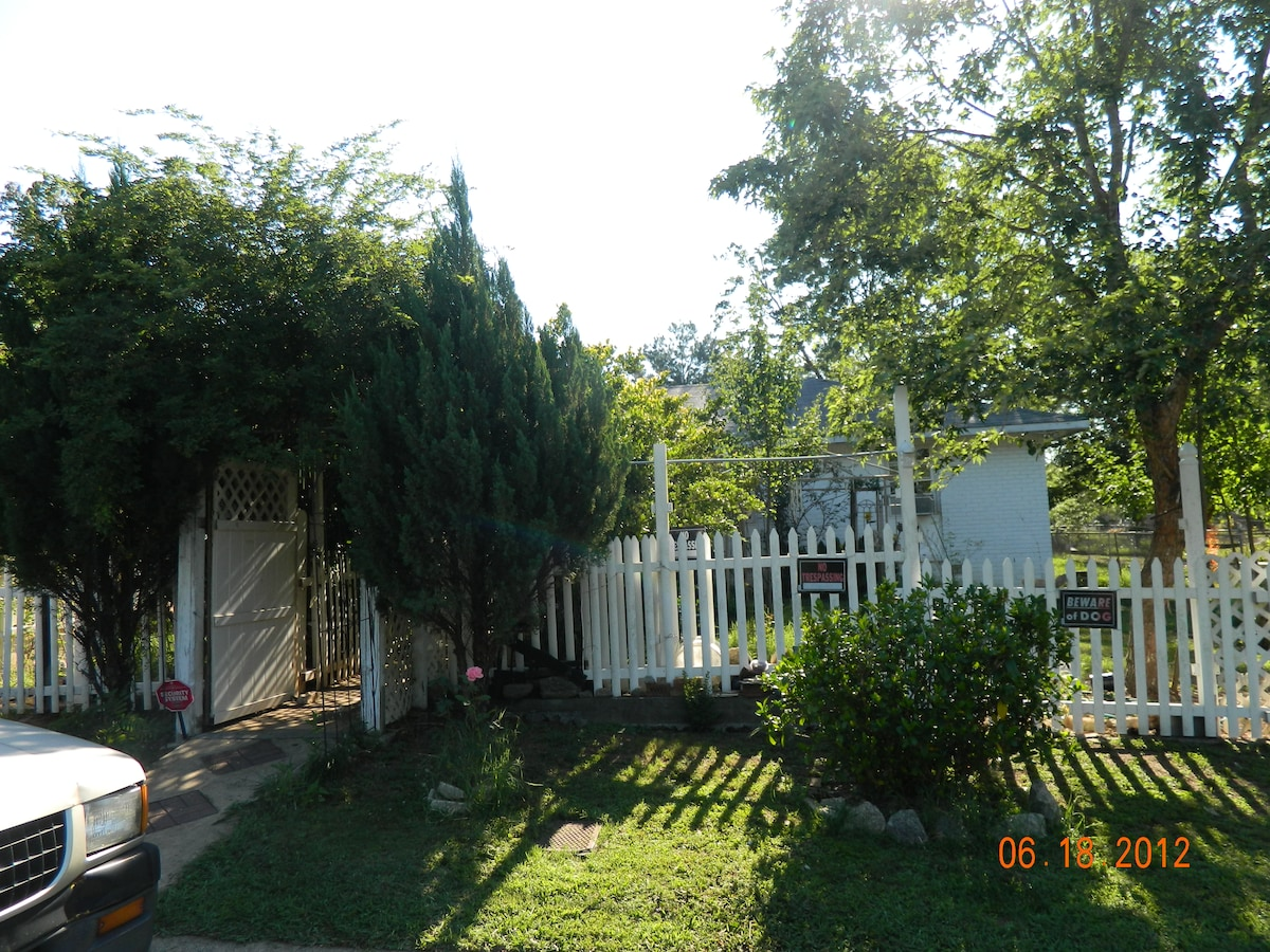 1 HOUSE FOR RENT GOOD PRICE!!!