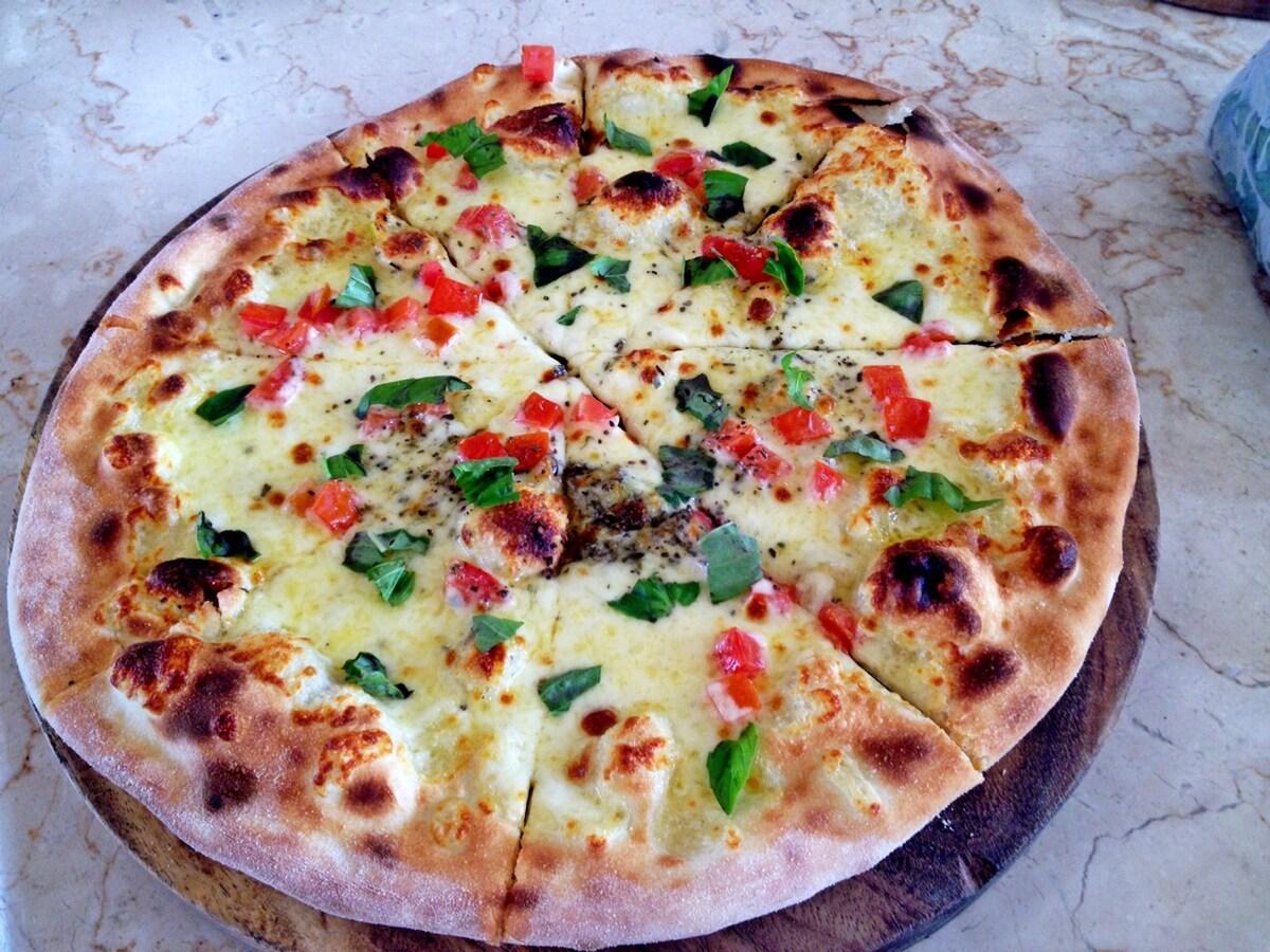 pizza house canggu
