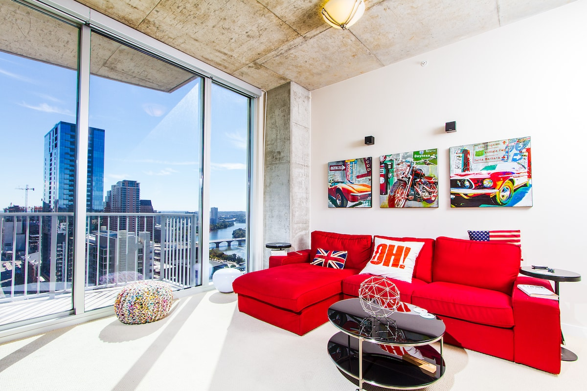 Downtown Condo on 39th Floor!