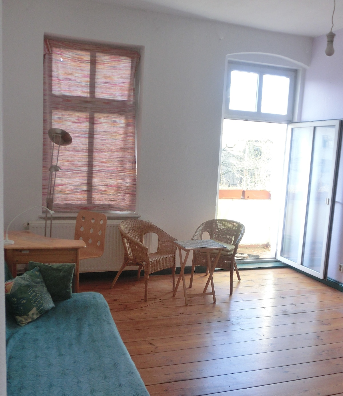 Sunny balcony-room for 1-2 people