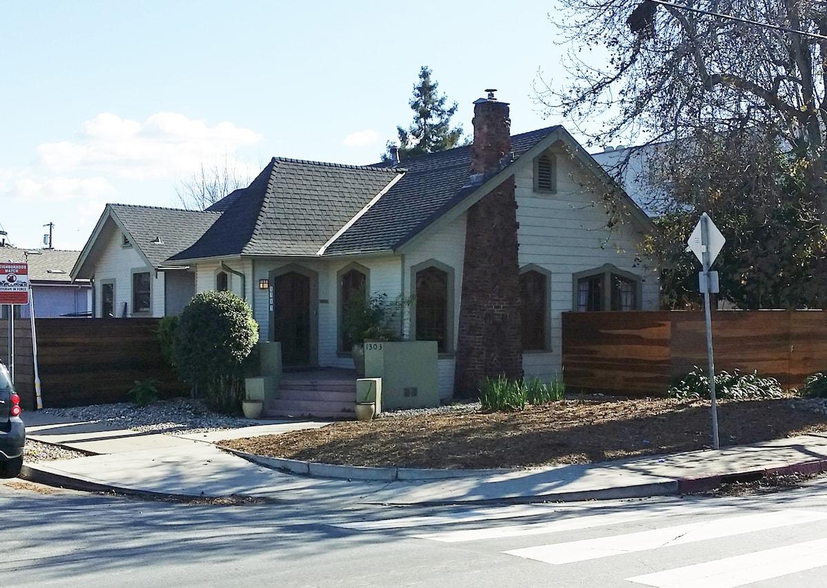 Charming cottage style near RWC