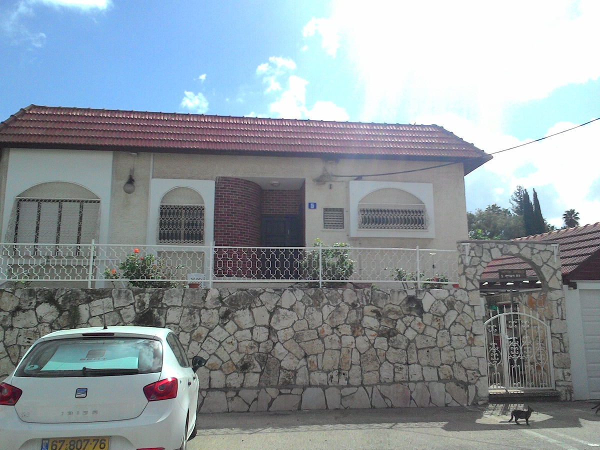 Two-bedroom apartment in Beit Sheme