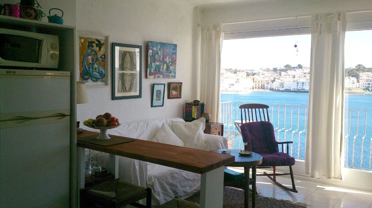 Rent a room in a house sea views