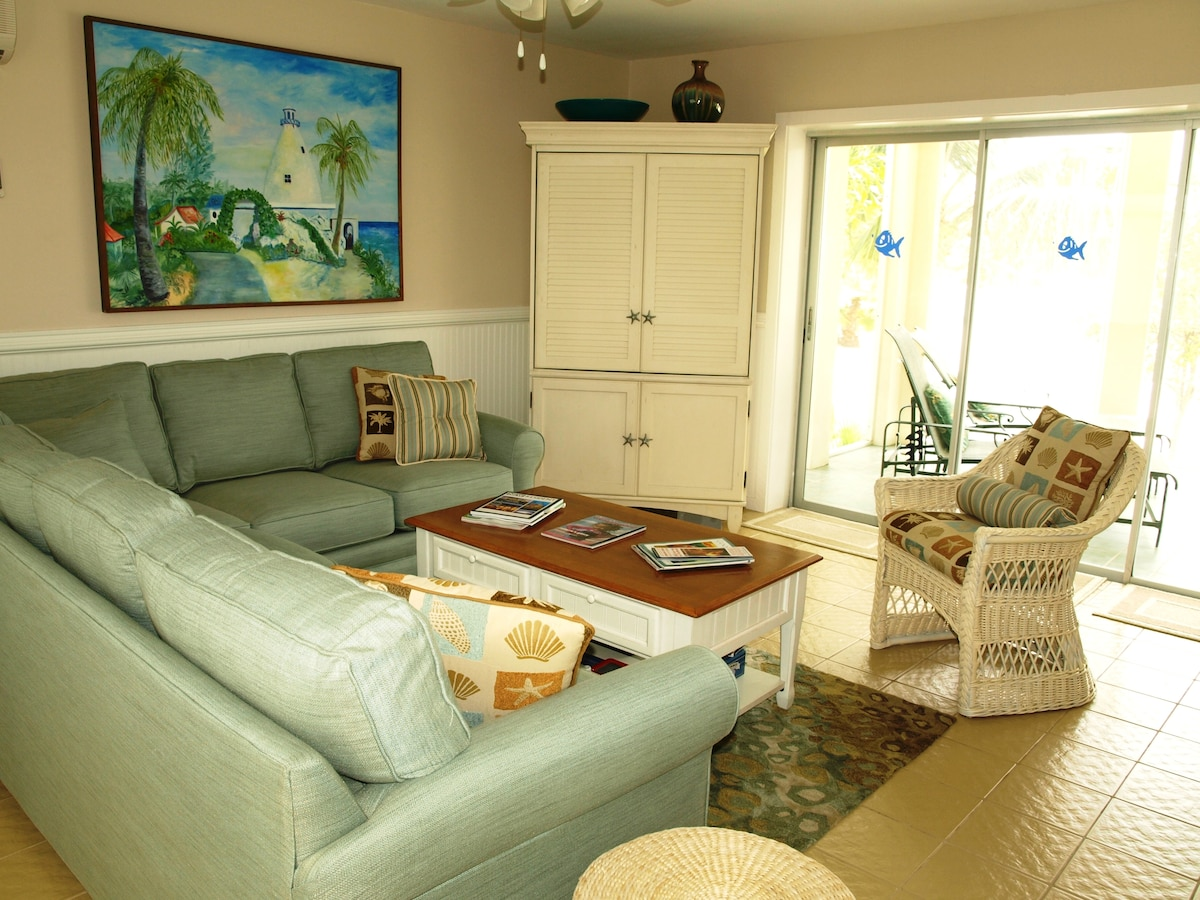 Beachfront & loaded with amenities!