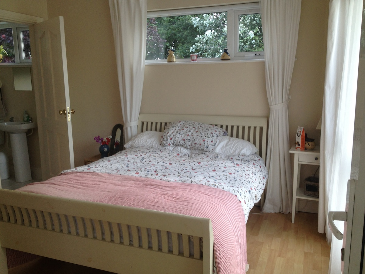Cosy Ensuite Double Room
