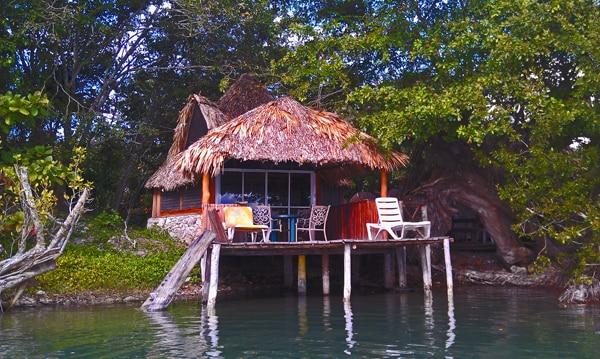 Waterfront Cabana2 Laguna Milagros