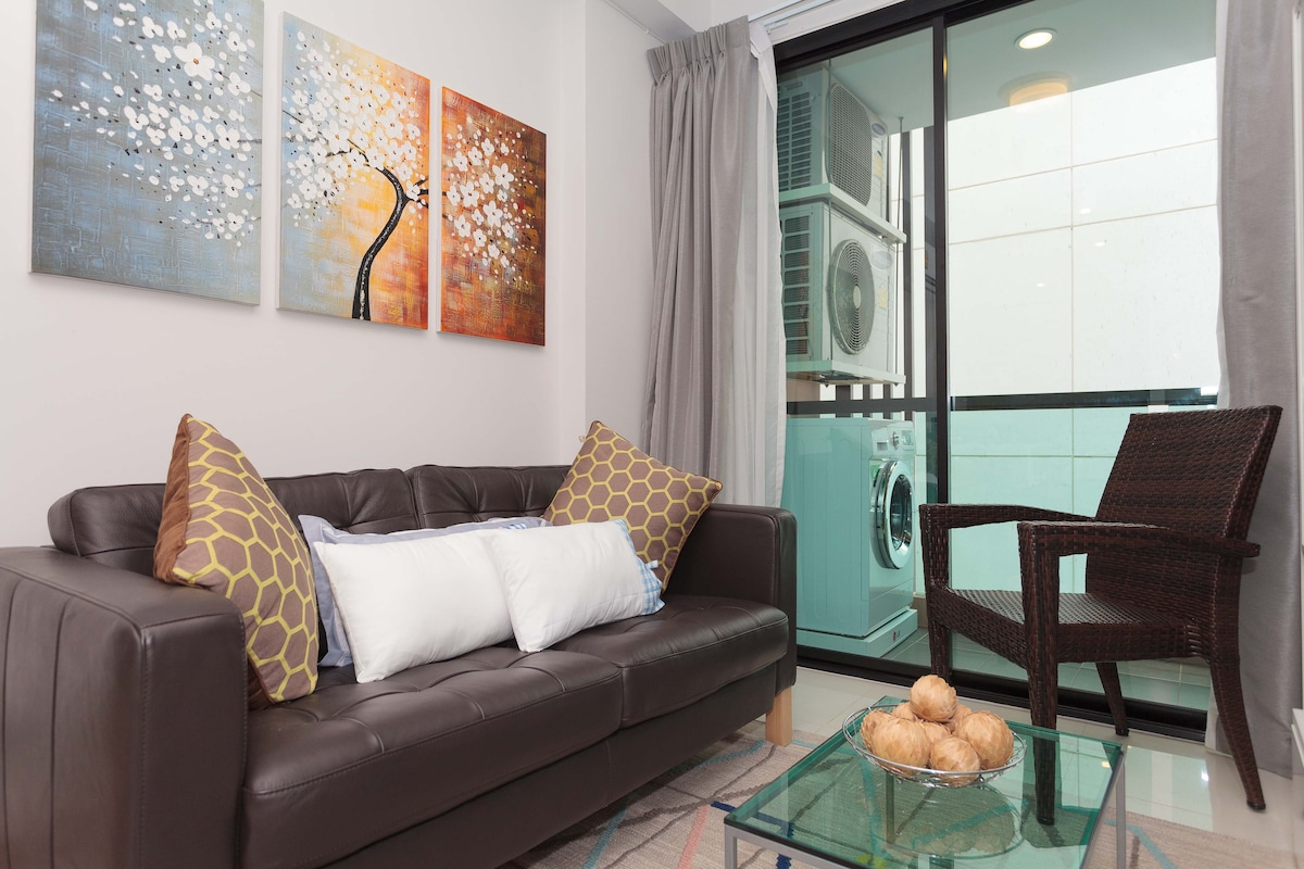 NEW 1 BD in Thong Lo + Wifi, Cable
