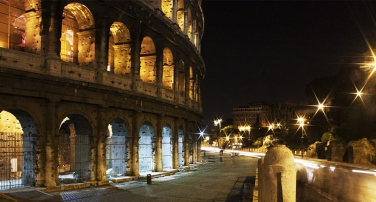 Amazing Apartment at the COLOSSEUM!
