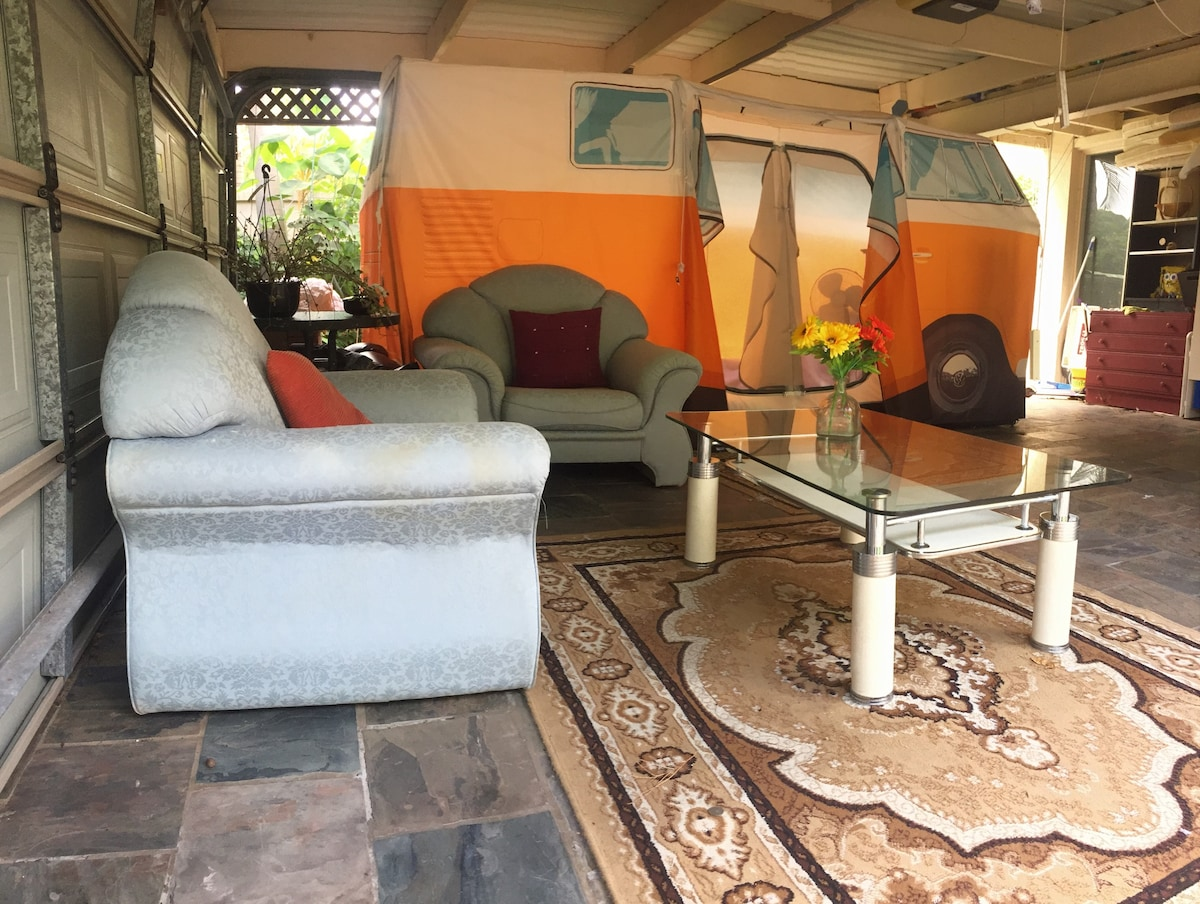 Welcome to Sunset BnB Combi Tent 2