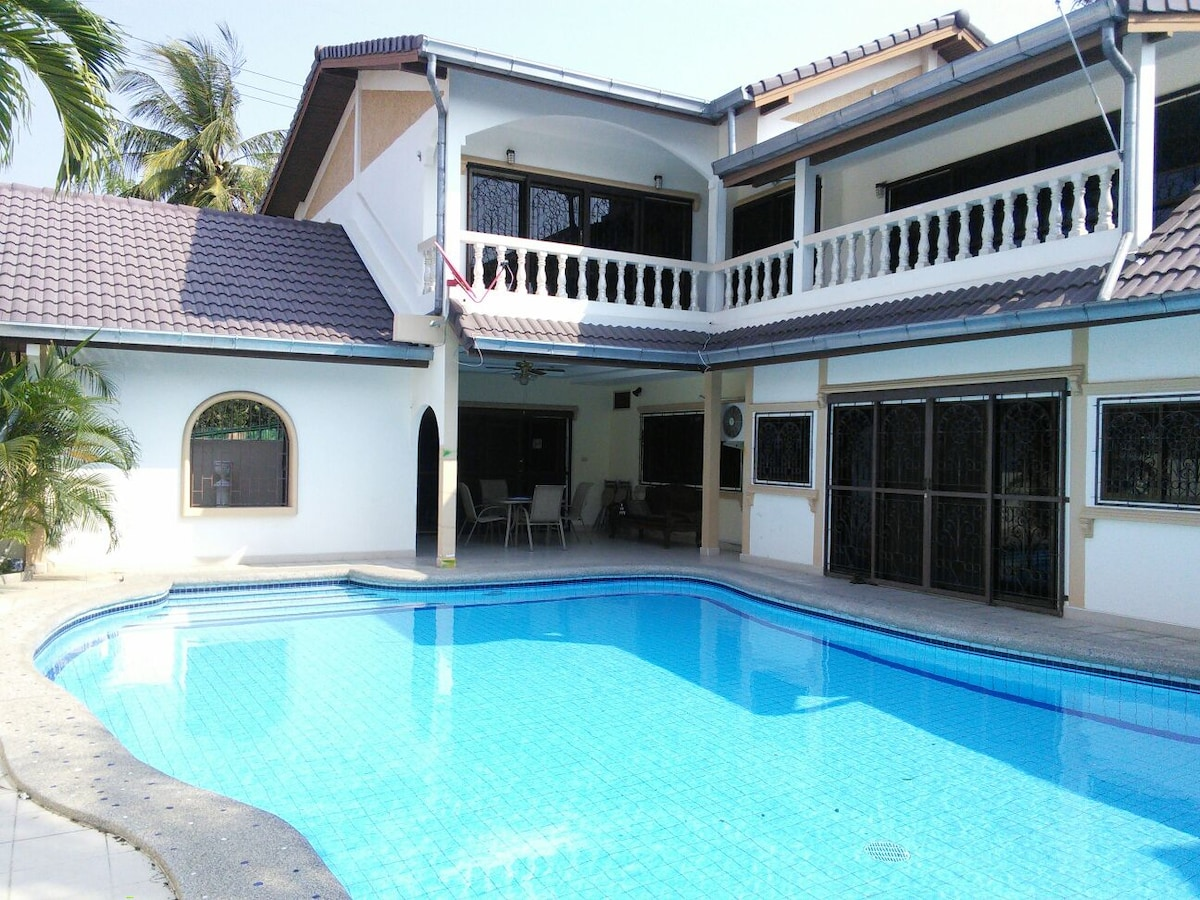5BD in ♥ of Pattaya