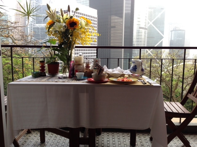 Breakfast in the Heart of Central
