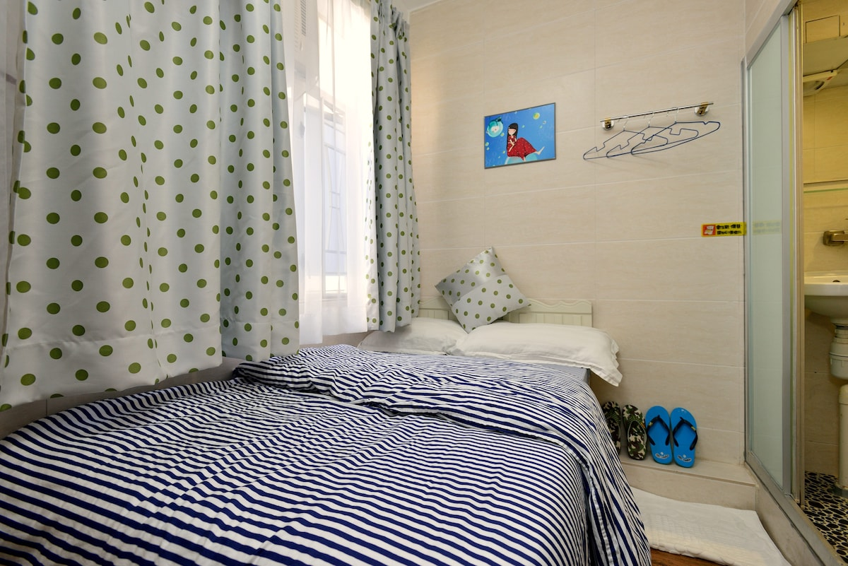 Double bed private room - 1