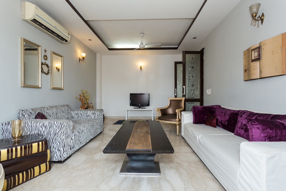 Heart Of Delhi:3BD +DD Stay & Party
