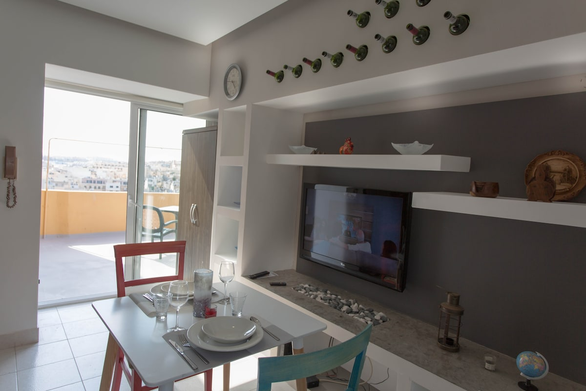 Sliema central studio Penthouse