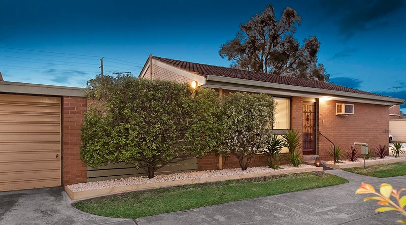Warrigal Road Accommodation