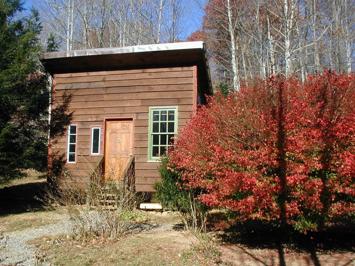 Rustic Cabin on Working Duck Farm