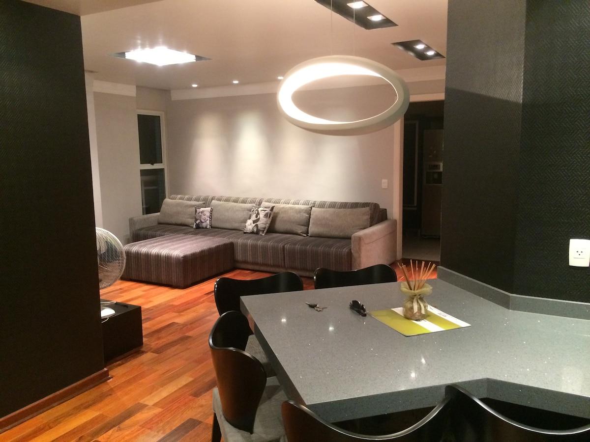 Apartamento TOP 120m² com Piscina