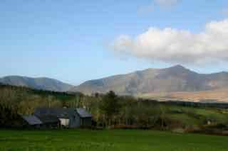 Cosy Rental near Dingle: Sleeps 3-5