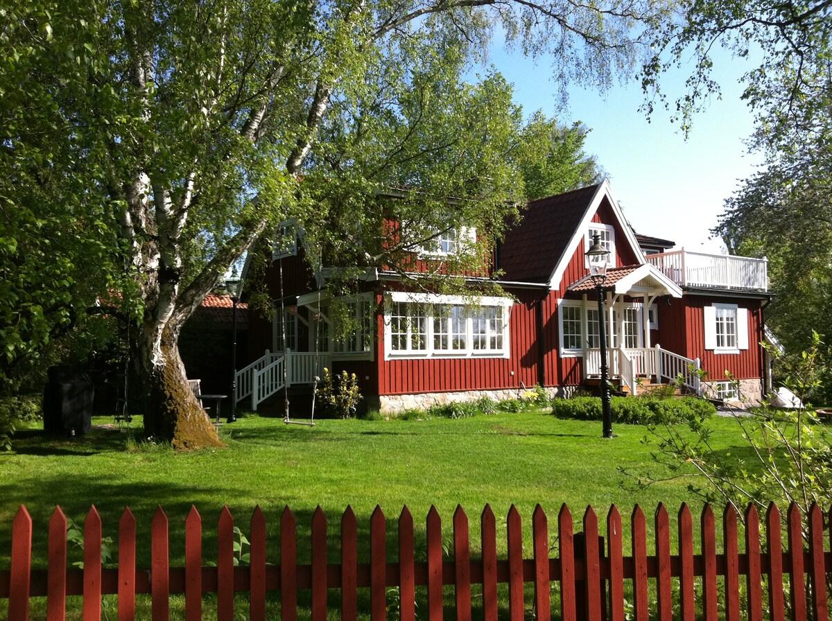 Beautiful centrally located villa