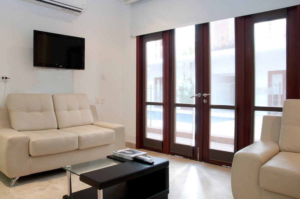Charming 1 Bedroom in the Old City