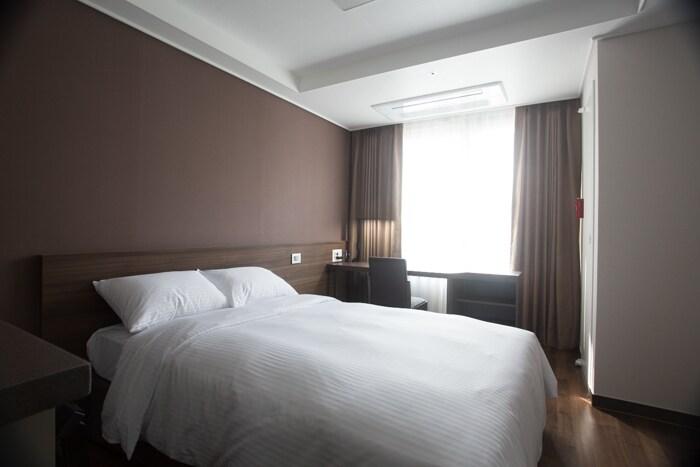 Urban Residence - 1 bed 1 bath