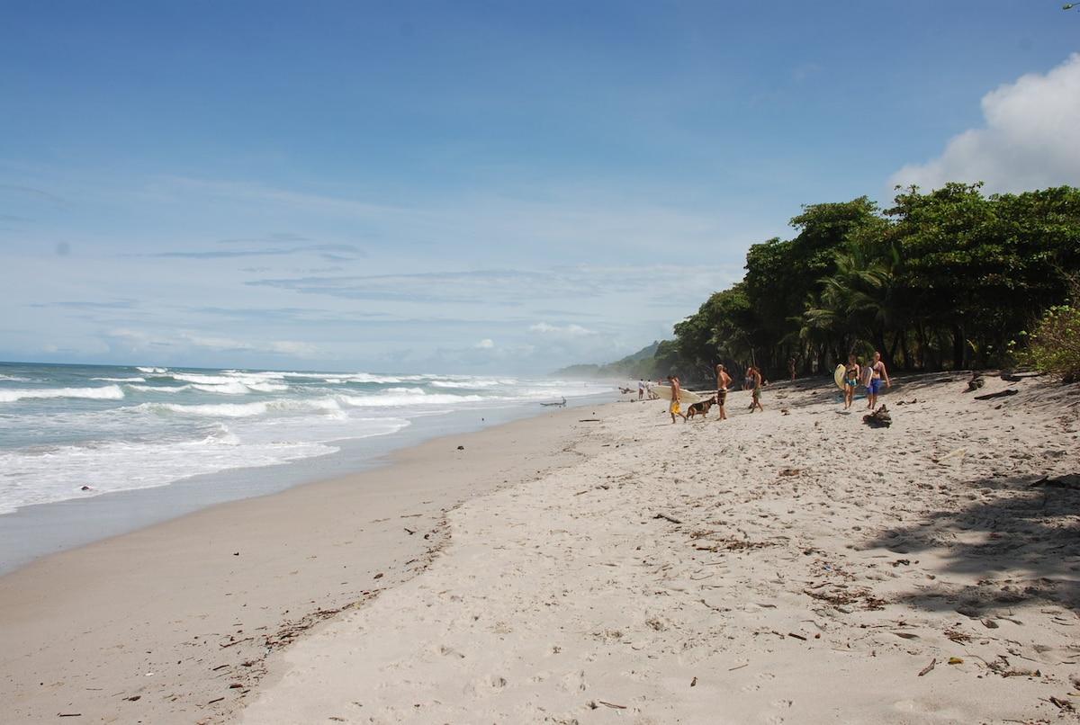 Villa Amapola- Great waves/beach