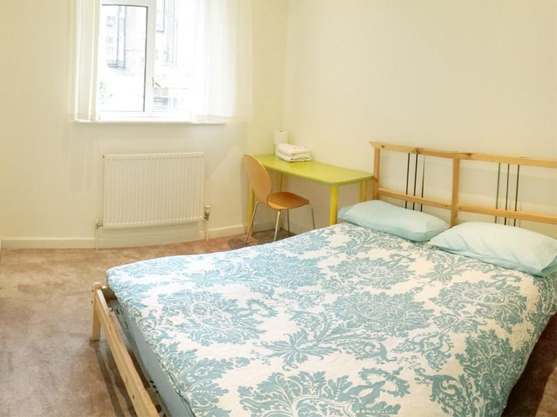 Double Room near Buckingham Palace