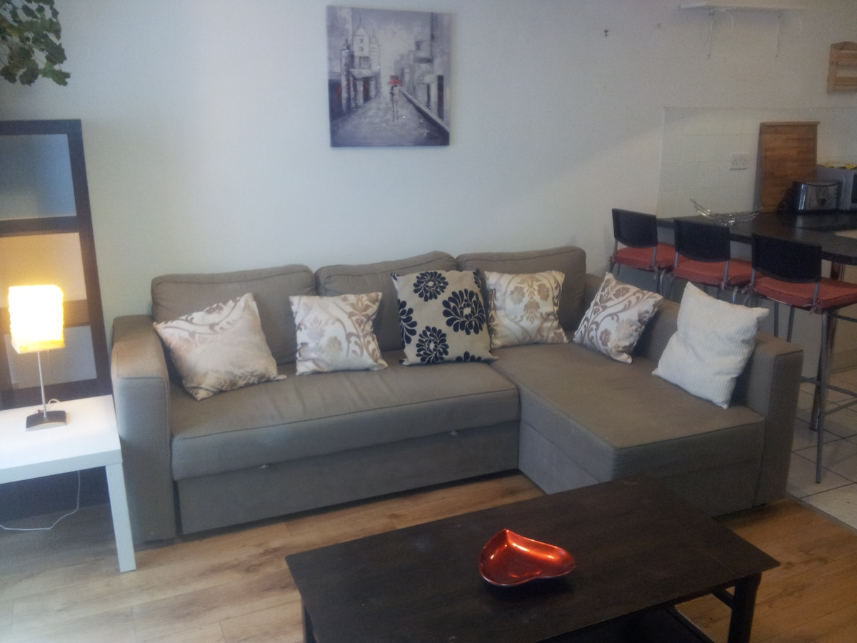 May Sale, 1 Bed Apt€39 city center
