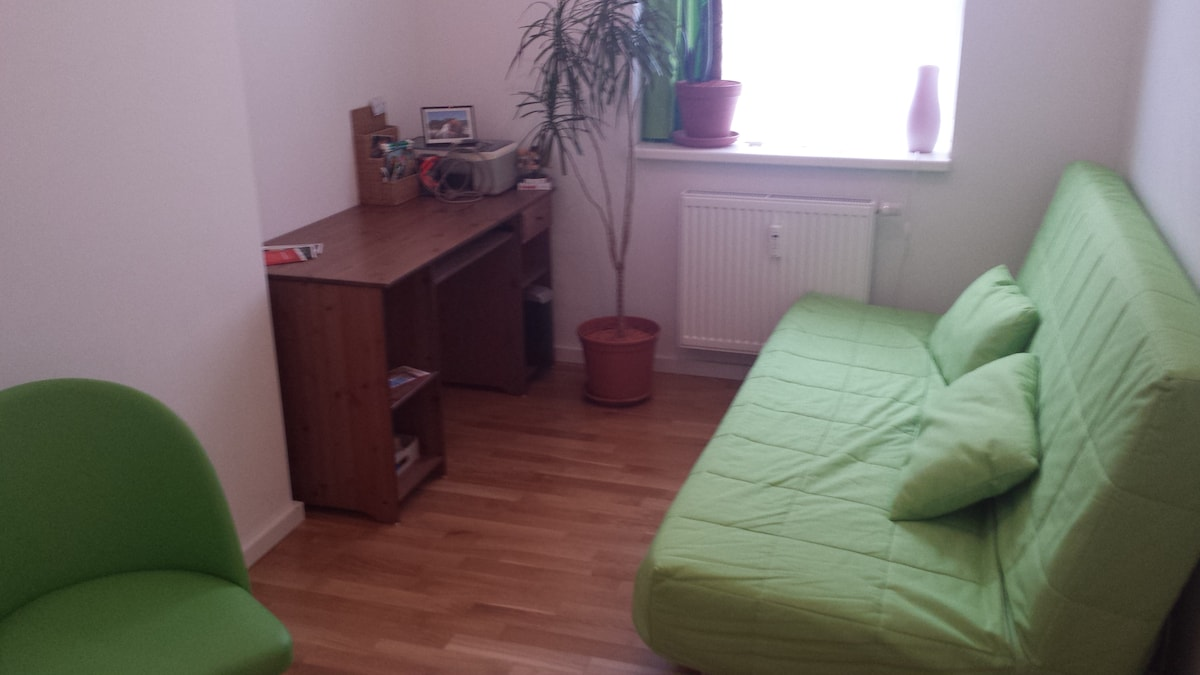 Private room in great Berlin flat