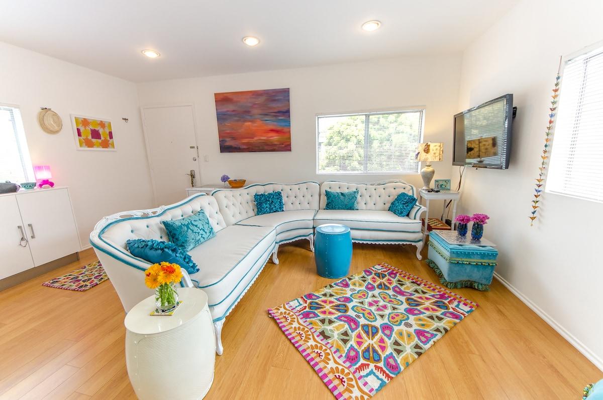 Living room , smart tv, Netflix , custom made furniture, cozy details,great feeling