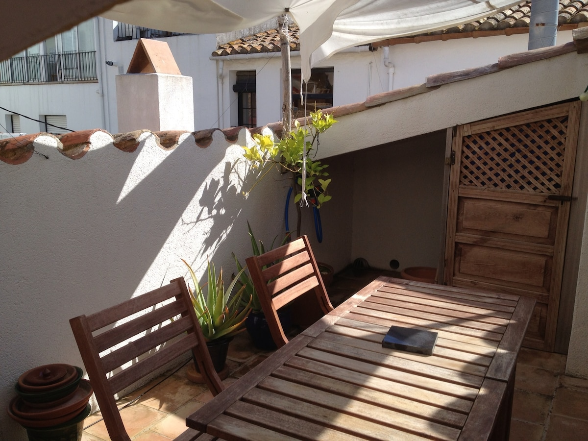 Nice duplex 50m from the sea