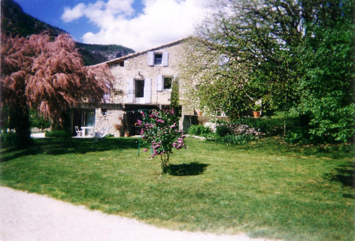 studio dans ferme rénovée Drôme