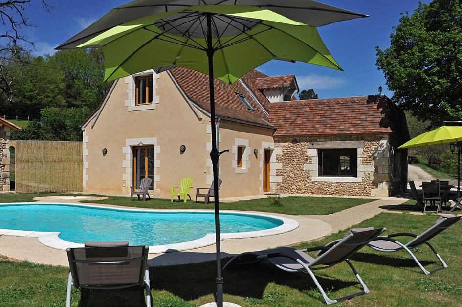 gite 6 pers piscine privée Dordogne