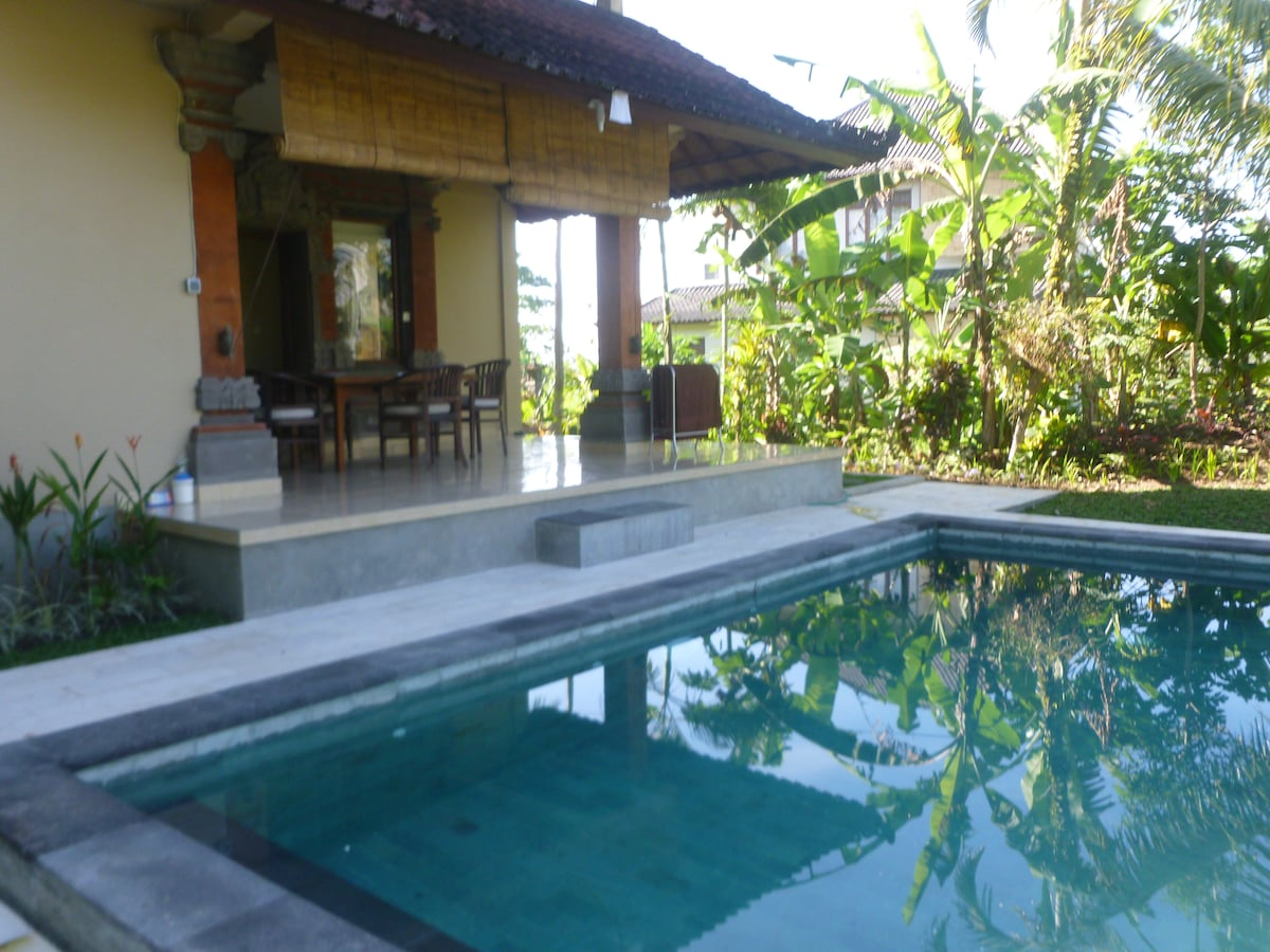 Private bungalow at Ricefield