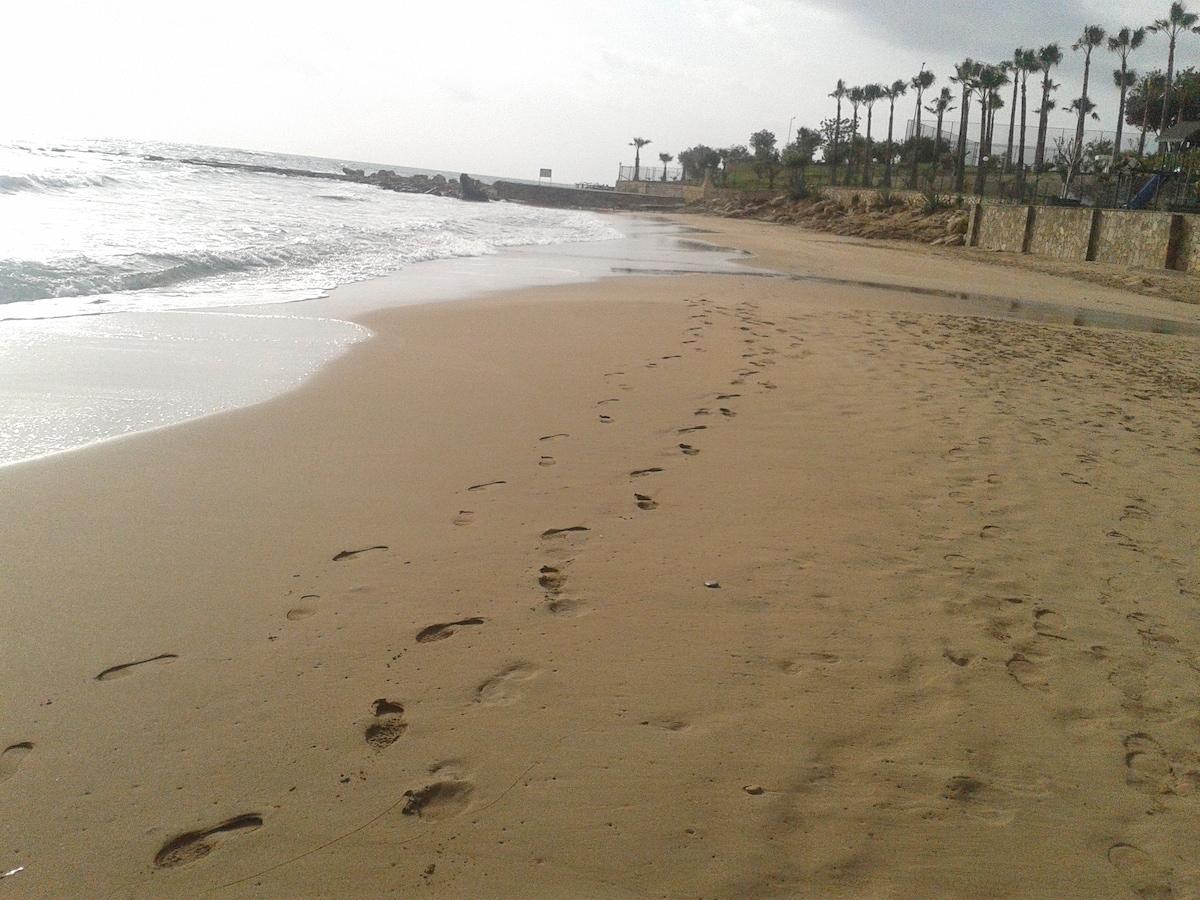 o beach ENJOY& RELAX ..best holiday