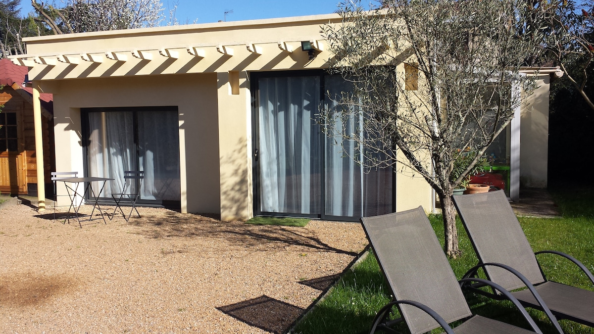 Villa + jardin / House + garden