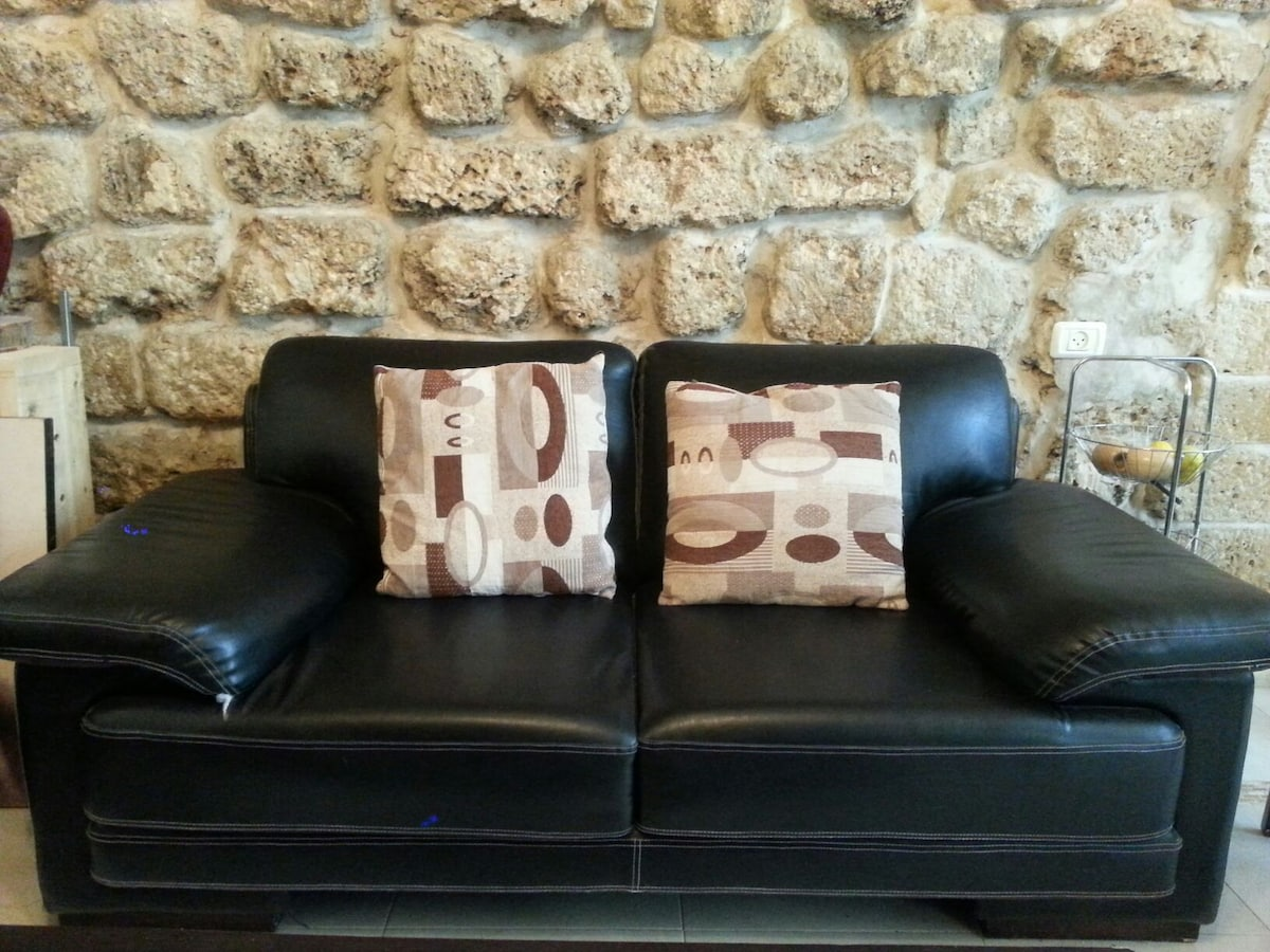 Best location and value in jaffa ..