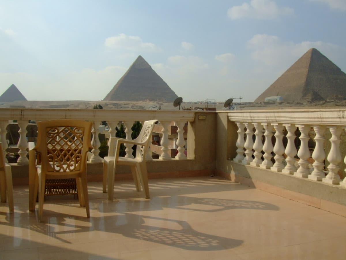 Pyramids View 2 bedrooms apartment