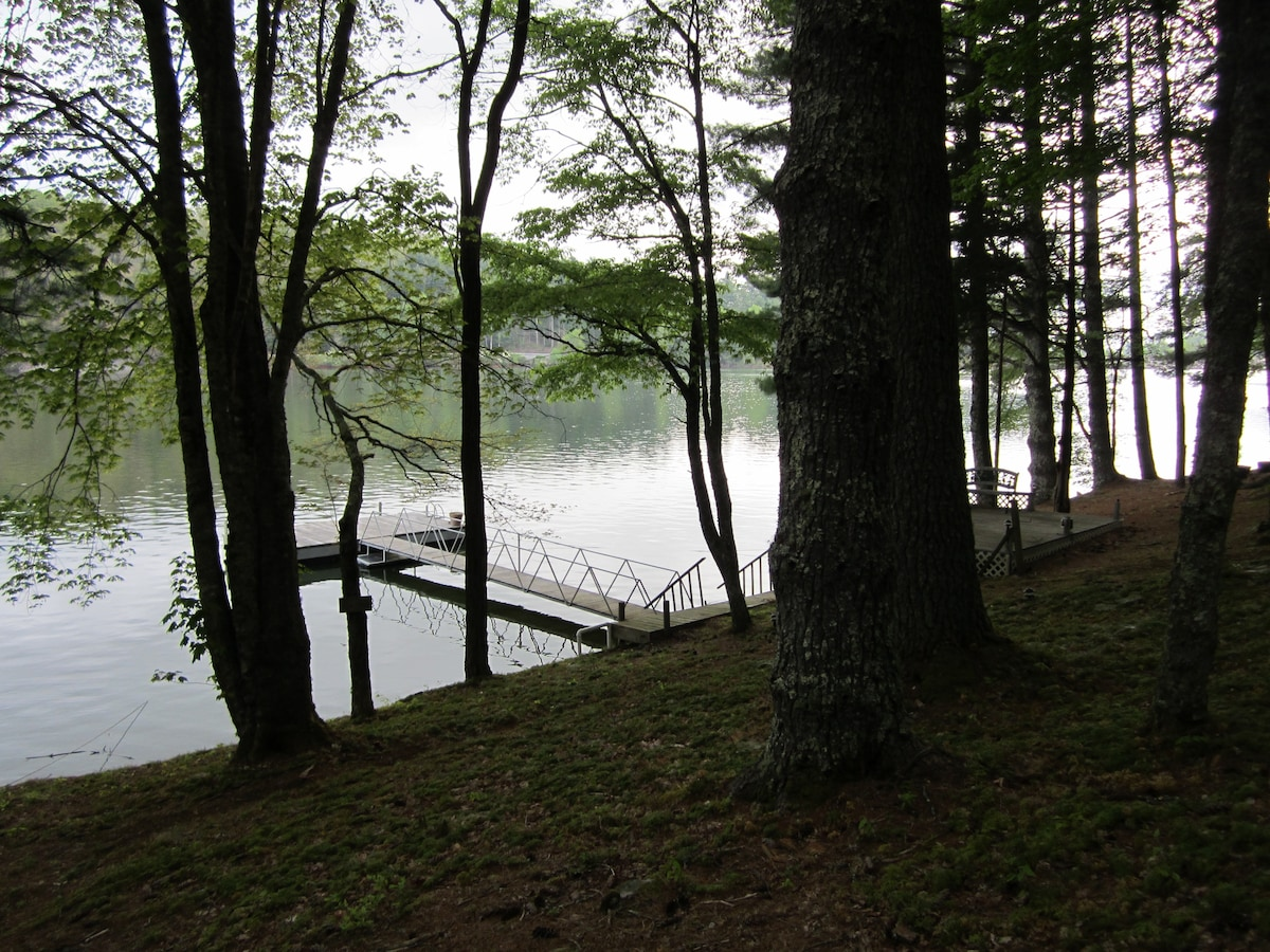 Tranquility on Lake Glenville
