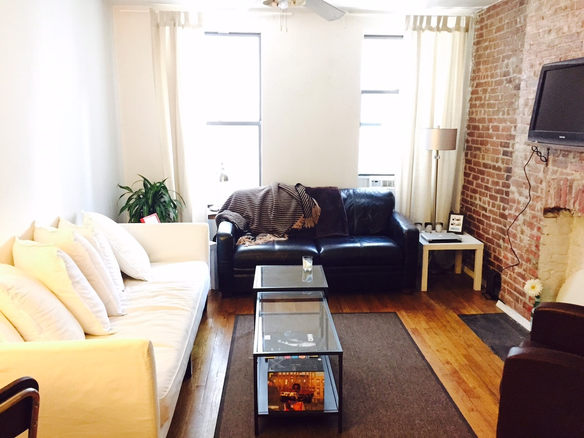 One Bedroom Apt Near Times Square