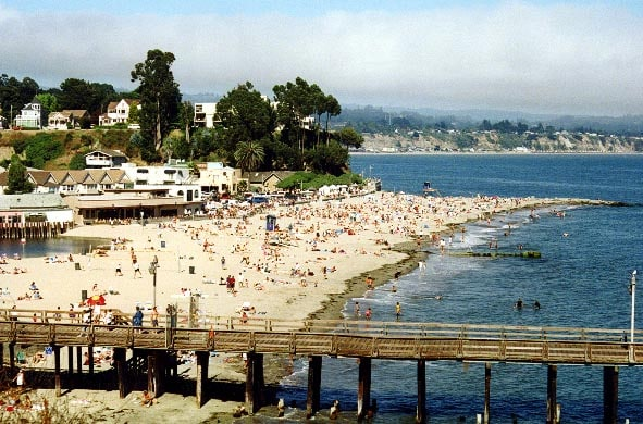 Stunning  2 bed, 2 bath in Capitola