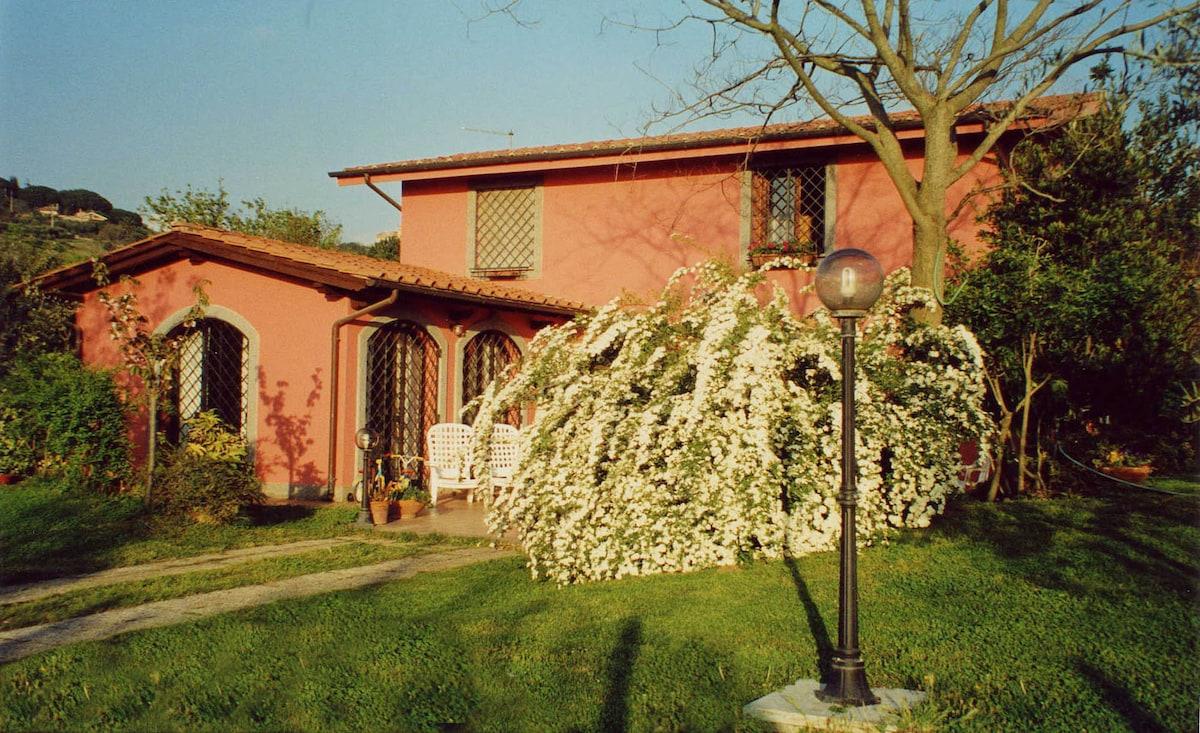 b&b in villa Castelli Romani lago
