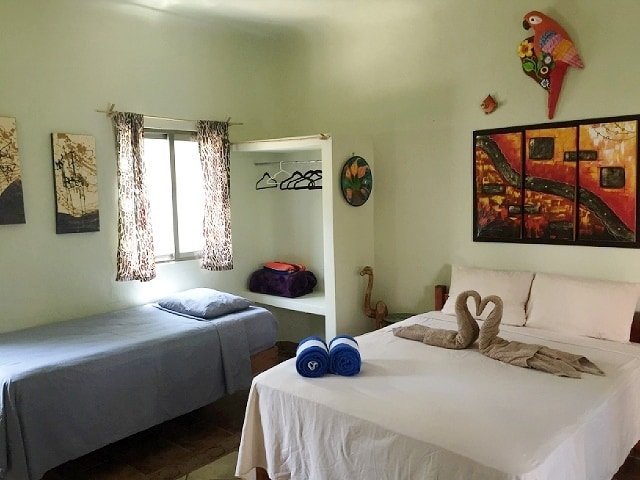 Studio apartment has a comfy queen bed and a single size day bed, Very nicely decorated